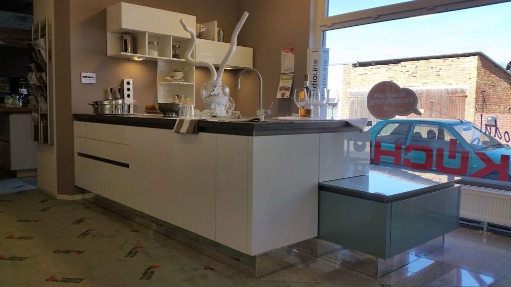 ALTANO Acryllack Ultrahochglanz Oxyd weiss Inselküche